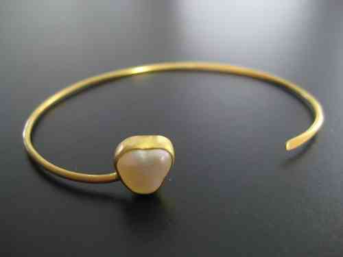 silver bangle gold plated frosted pearl white