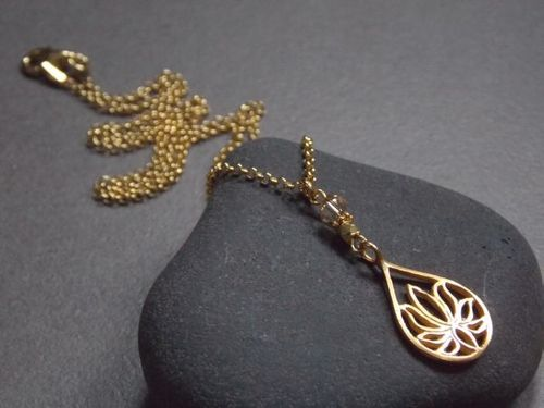 925er silver necklace gold plated small Lotus and Swarovski