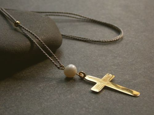 silk grey silver beads gold plated and cross  with white pearl