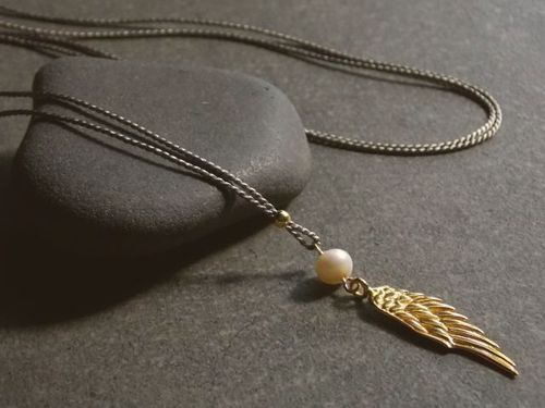 silk grey silver beads gold plated and wing  with white pearl